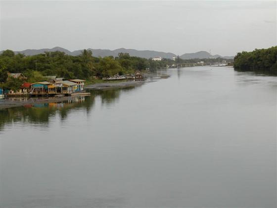 נהרות בתאילנ�