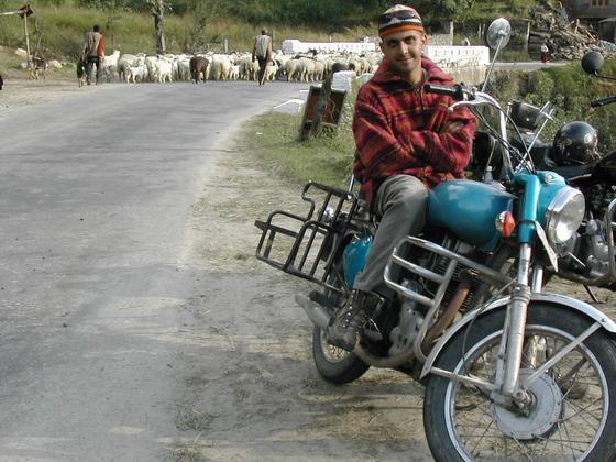 טיול אופנועים, מנאלי, הו�ו.