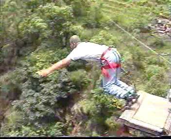 בנג'י 163 מטר, נפאל.