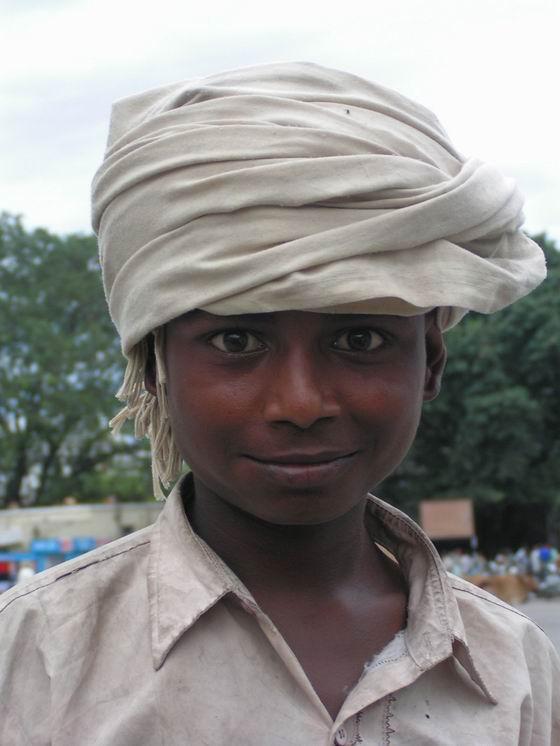 ילד מקומי, הרידואר, הודו.