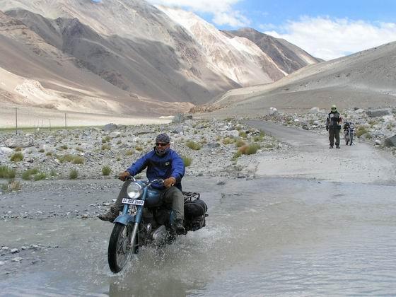 טיול אופנועים, לאדק, הודו.