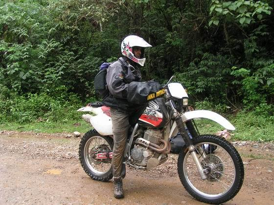קטע של ג'ונגלים, טיול אופנועים, פרו