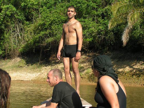 שחייה בנהר, ג'ונגלים, בוליביה
