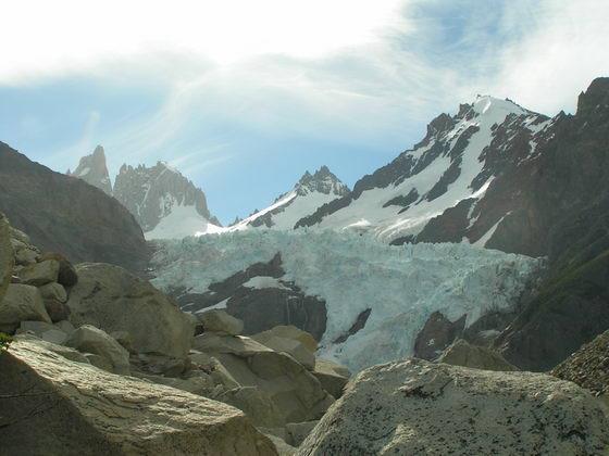 קרחון בטרק הפיץ רוי, פתגוניה, ארגנטינה.