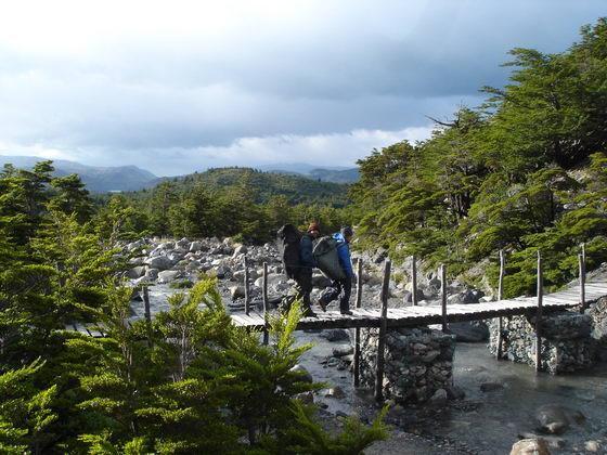 נחלים בטרק הטורוסים, פתגוניה צ'ילה.