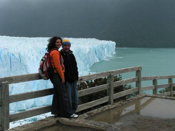 קרחון מורנו ליד אל קלפטה, פתגוניה, ארגנטינה.