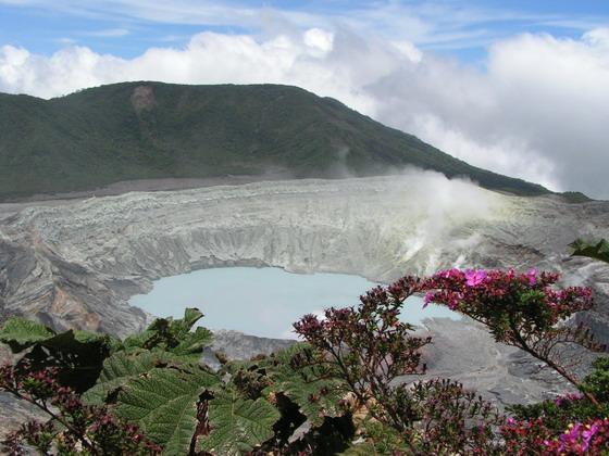 הר הגעש פואס,  קוסטה ריקה.