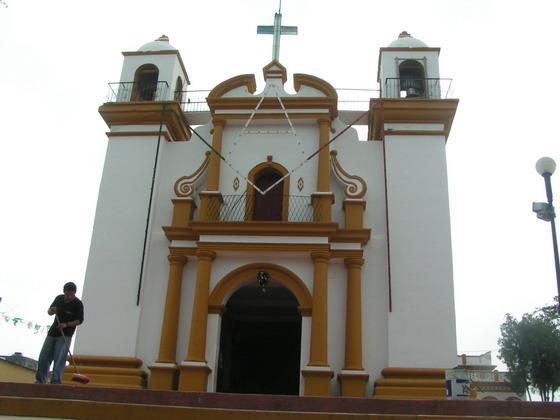 כנסייה בכפר מקסיקני.