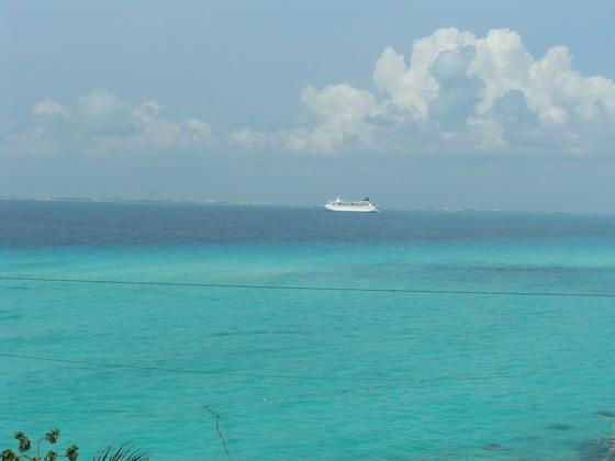 מים שקופים וחופים מדהימים, קנקון.