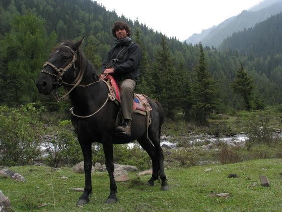 טיול סוסים בסונגפאן