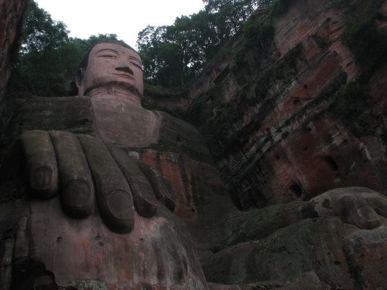הבו�הה היושב בסין
