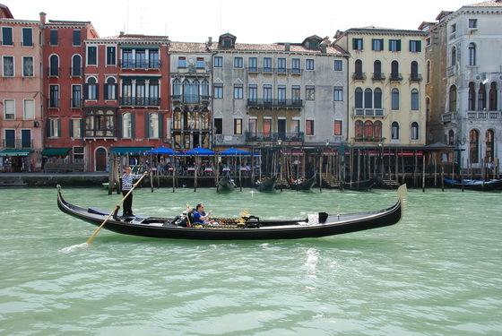 גונ�ולה בונציה