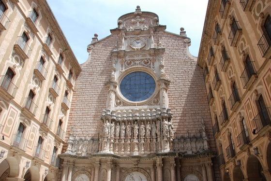 כנסייה ב-Montserrat