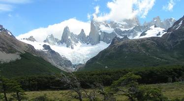ארגנטינה, טיסות לארגנטינה - טרקים והרים מושלגים