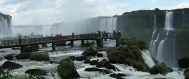 מפלי האיגואסו בדרום אמריקה