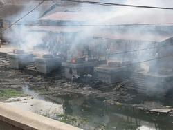 שריפת גופות נפאל