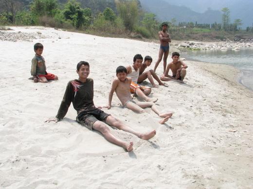 ילדים נפאלים