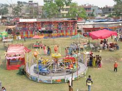 לונה פארק לא בטיחותי בנפאל