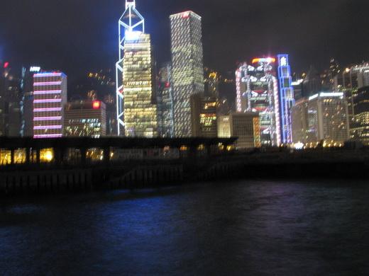 האי הונג קונג בלילה