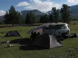 קמפינג במונגוליה