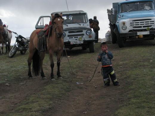 ילד מונגולי וסוסו