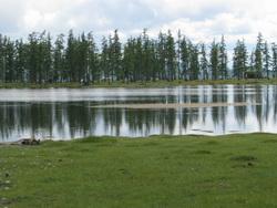 אגם בצפון מונגוליה