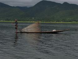 אגמים בורמה