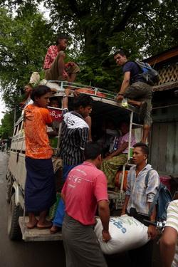 מונית בורמה